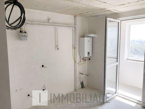 Apartament cu 1 cameră+living, sect. Buiucani, bd. Alba Iulia.