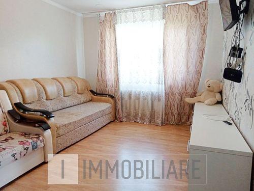 Apartament cu 1 cameră, loc. Codru, str. Costiujeni.