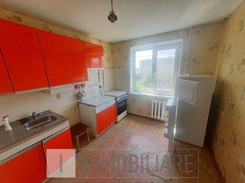 Apartament cu 2 camere, sect. Buiucani, str. Liviu Deleanu.
