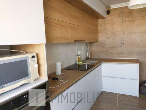 Apartament cu 3 camere, sect. Telecentru, str. Grenoble.