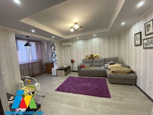 Apartament cu 2 camere, sect.Ciocana, str. Mihail Sadoveanu.