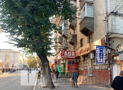 Spațiu comercial, sect. Centru, str. Armenească.