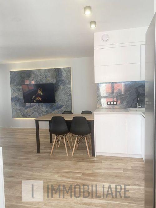 Apartament cu 3 camere+living, sect. Centru, str. N. Testemițanu.