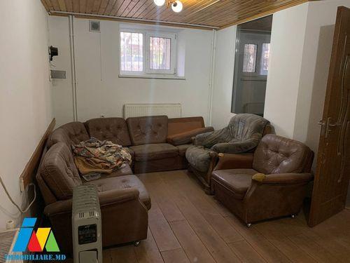 Apartament cu 2 camere, sect.Botanica, str.Sarmizegetusa.