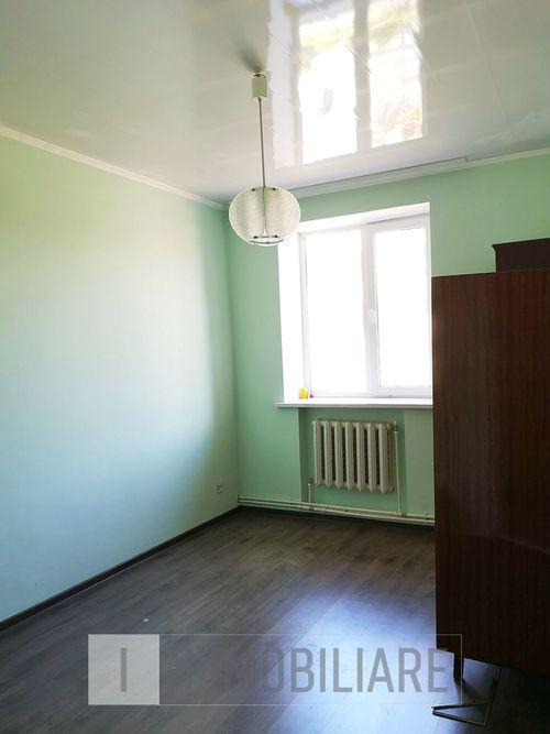 Apartament cu 2 camere, sect. Centru, str. Zăvoiului.