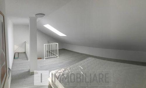 Apartament cu 2 camere, sect. Botanica, str. Independenței.