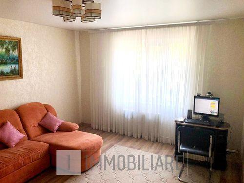 Spațiu comercial+casă cu 1 nivel, sect. Durlești, str. Tudor Vladimirescu.