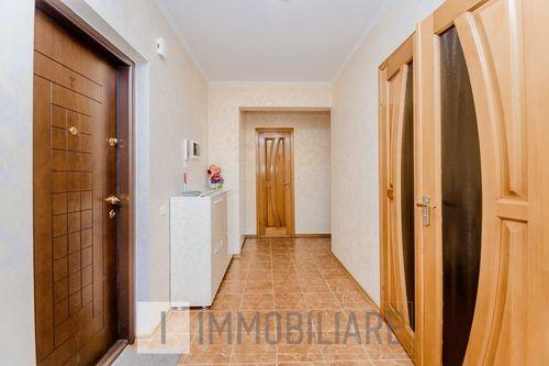 Apartament cu 2 camere, sect. Telecentru, str. Drumul Viilor.