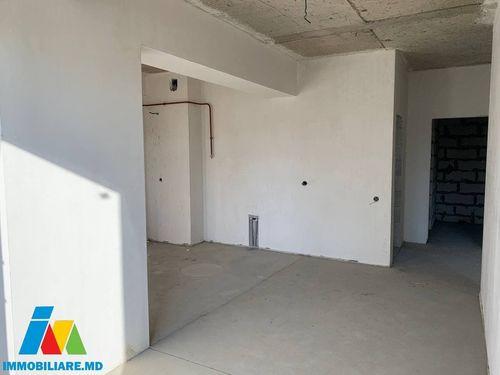 Apartament cu 3 camere, sect.Rîșcani, str. Nicolae Dimo.
