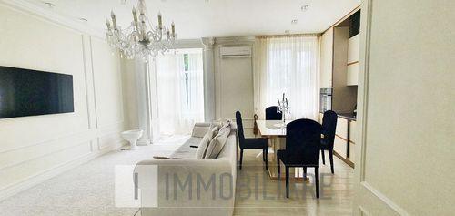 Apartament cu 1 cameră+living, sect. Centru, str. Gh. Asachi.