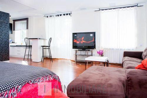 Apartament cu 1 cameră, sect. Centru, str. Armenească.