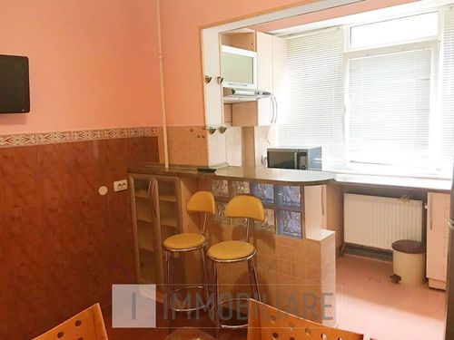 Apartament cu 3 camere, încălzire autonomă, sect. Ciocana, bd. Mircea cel Bătrân.