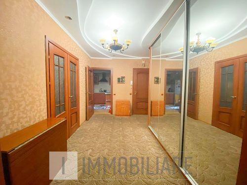 Apartament cu 3 camere, sect. Botanica, str. Valea Crucii.
