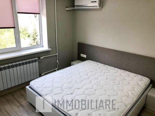 Apartament cu 4 camere+living, sect. Botanica, str. Nicolae Titulescu.