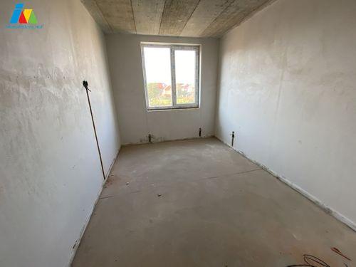 Apartament cu 2 camere + living,Codru,str.Cobzarilor!