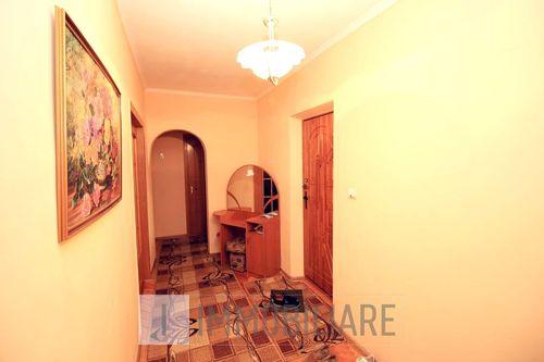 Apartament cu 2 camere, sect. Centru, bd. Ștefan cel Mare.