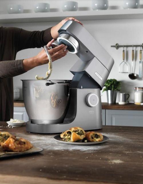 cumpără Robot de bucătărie Kenwood KVL8470S Chef XL Titanium în Chișinău
