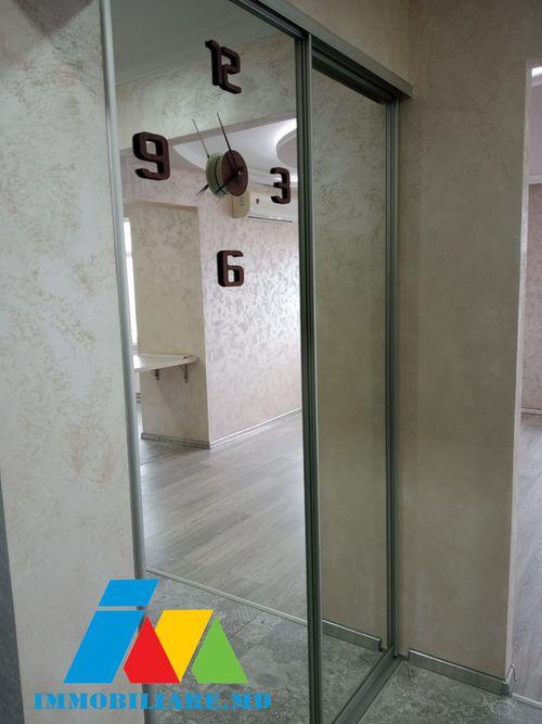 Apartament cu 2 camere, sect.Rîșcani, bd. Renașterii Naționale.