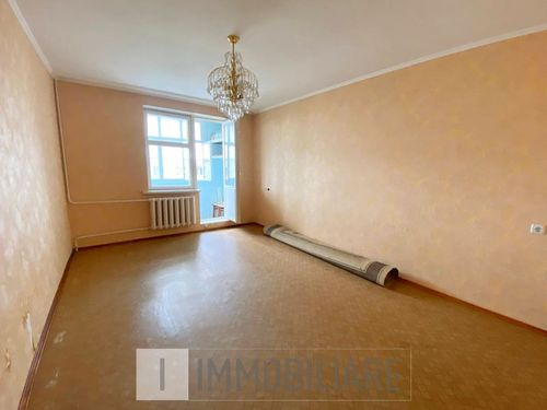 Apartament cu 3 camere, sect. Telecentru, str. Pietrarilor.